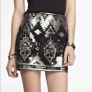 Express sequin Aztec mini skirt black silver XS